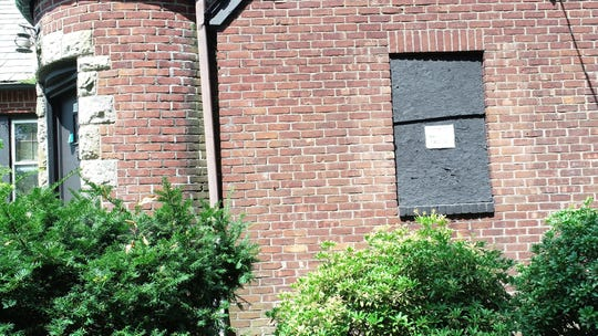 A house still remains vacant years after an unsolved murder on Alpine Dr in Teaneck, N.J.