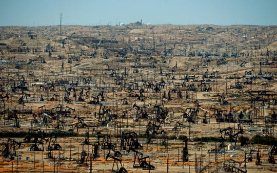 Kern County oil fields