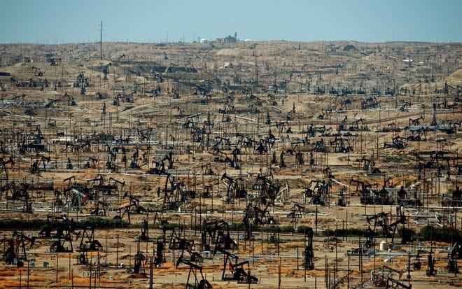 Kern County oil fields