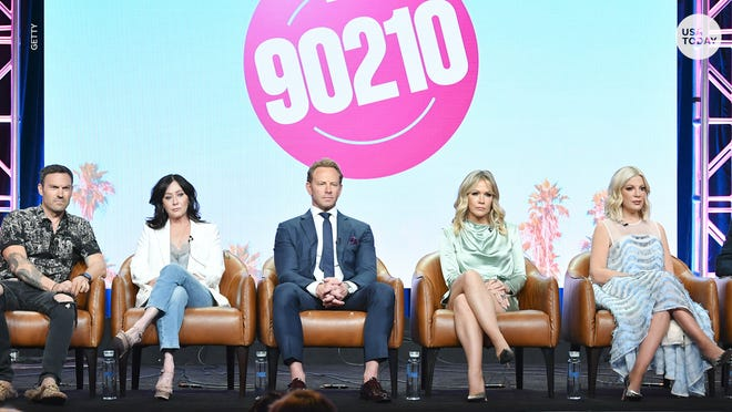 'Beverly Hills, 90210' stars Brian Austin Green, left, Shannen Doherty, Ian Ziering, Jennie Garth and Tori Spelling discussed their 'BH 90210' reboot this summer in Beverly Hills, Calif.