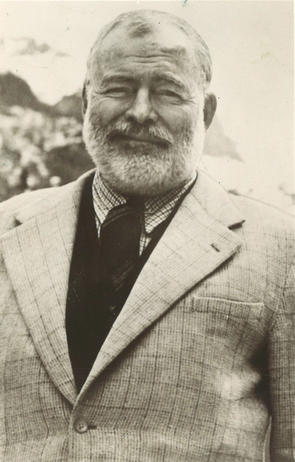 Ernest Hemingway, winner of the Pulitzer and Nobel prizes, agreed to an interview with an 18-year-old Del Mar College student when he stopped briefly in Corpus Christi in March 1959. Hemingway normallly hated interviews.