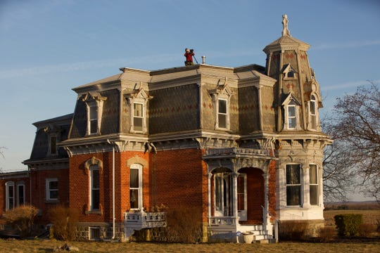 """Ghost Brothers: Haunted Houseguests"" premieres Friday night with an episode shot in Michigan."