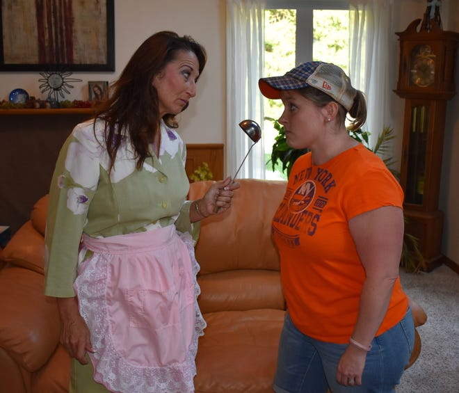 """Lola DeVillers plays Florence Unger (left) and Jamie Buesing plays Olive Madison in the Rogue Theater production of """"The Odd Couple, Female Version."""" The play opens Aug. 22 in Baileys Harbor."""