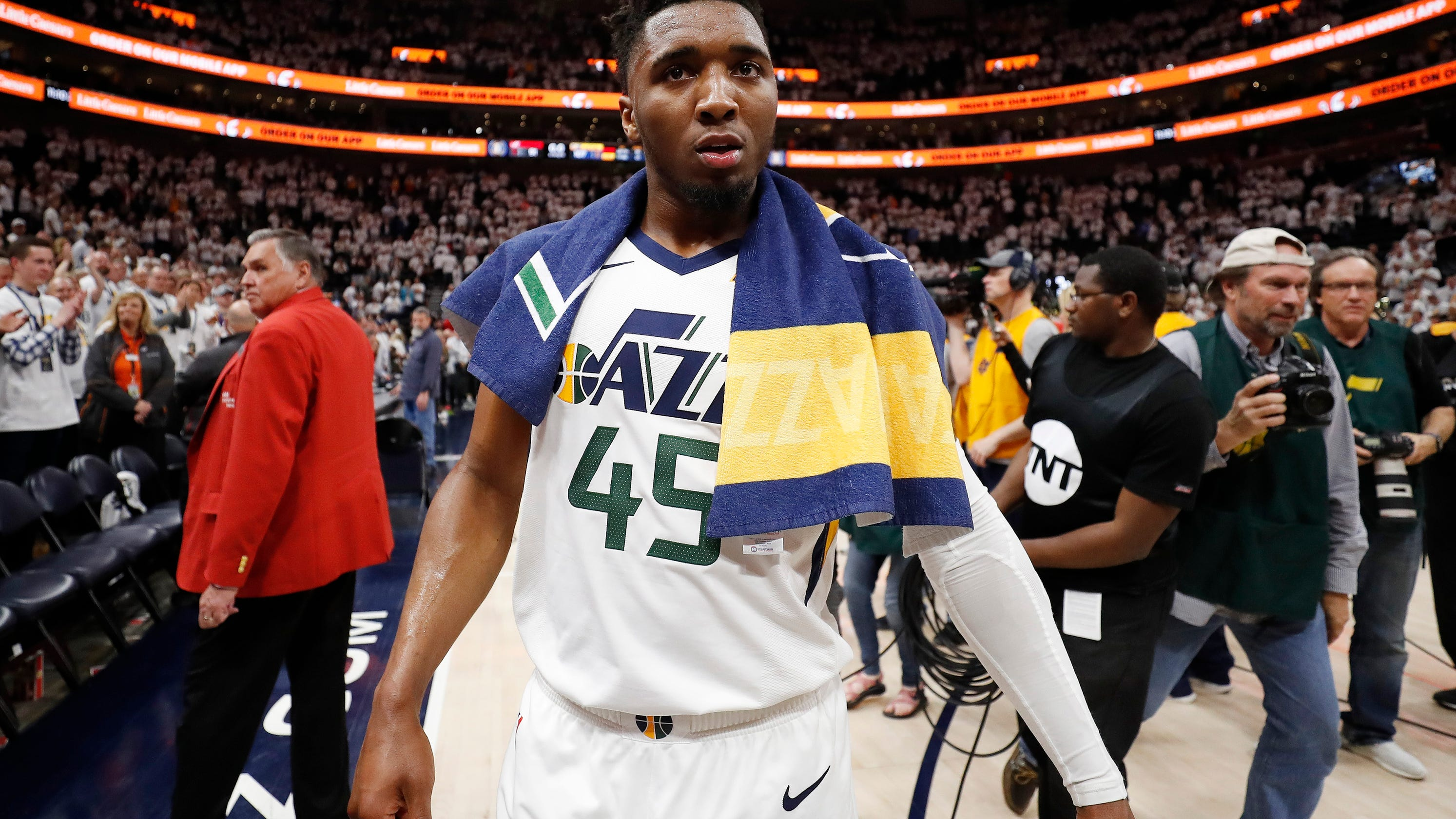 buy online a30bb 6661a The next steps in Donovan Mitchell's basketball journey