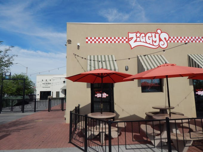 Ziggy's and Stardust are just around the corner from the main entrance to the Van Buren.
