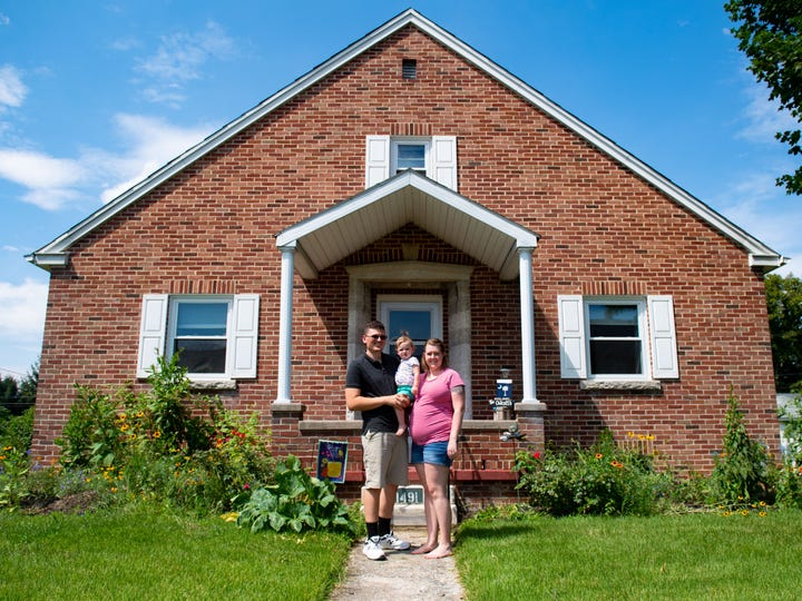 Michael and Amanda Chilcott bought their first house together in South Carolina, but things didn't go as planned.
