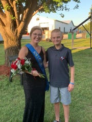 Iowa County Fair Queen Madalynne Yenter with Tate Schaefer