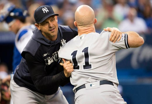 Yankees: Brett Gardner ejected, charges umpire