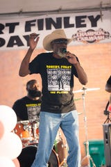 Robert Finley played the hometown crowd of Winnsboro, La. for a concert on Aug. 10.