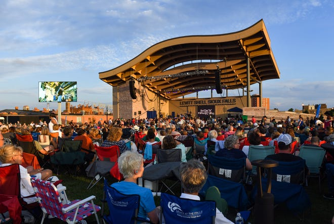 Kory and the Fireflies perform the final concert of the season at Levitt at the Falls on Saturday evening, August 10, in Sioux Falls.
