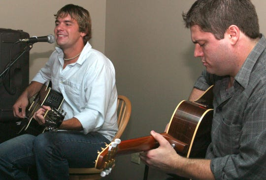 Mike Robinson and Kevin Collier play during an acoustics set at The Lodge in July 2003.