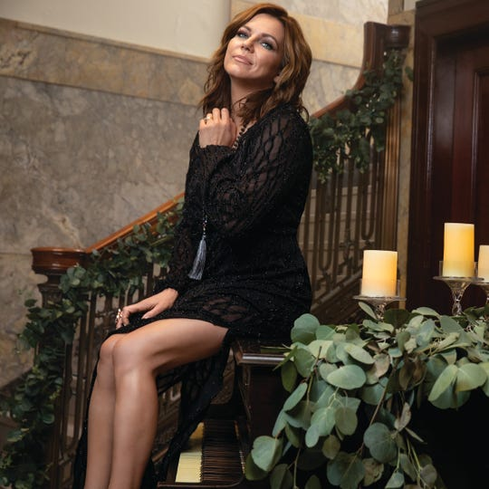 Martina McBride is bringing The Joy of Christmas Tour to the Resch Center Theatre on Dec. 5.