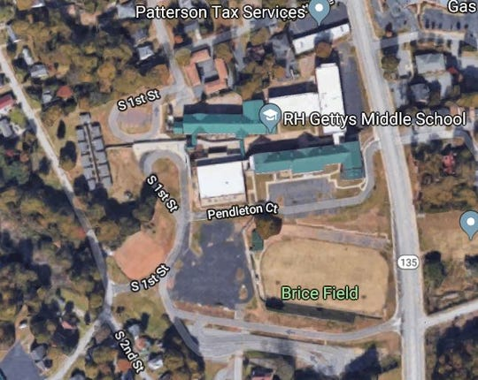"A satellite image of the Gettys Middle school car line, which Easley mom Denni Alexander said was ""like a maze."""