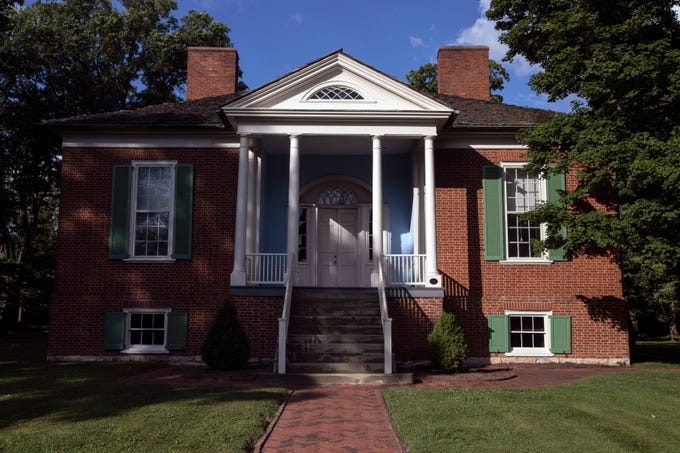 Farmington was built between 1815-1816 with a Federal-style 14-room brick house at the center of a hemp plantation owned by John and Lucy Speed. 7/11/19