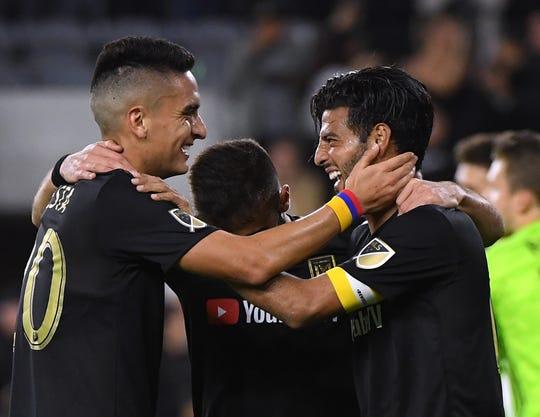 Carlos Vela del L.A. FC celebra uno de sus goles.