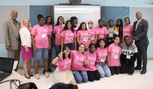 The AT&T & NSSA Girls of Color Coding Camp took a photo with New York State Assemblyman J. Gary Pretlow, AT&T New York President Amy Kramer and State Senator Jamaal T. Bailey at Benjamin Turner Middle School in Mount Vernon Aug. 9, 2019.