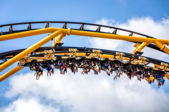 Steel Curtain features a record number of inversions (nine), but its trains do not use over-the-shoulder restraints. Instead, they include seat belts and a single ratcheting restraint that secures riders' laps and shins.