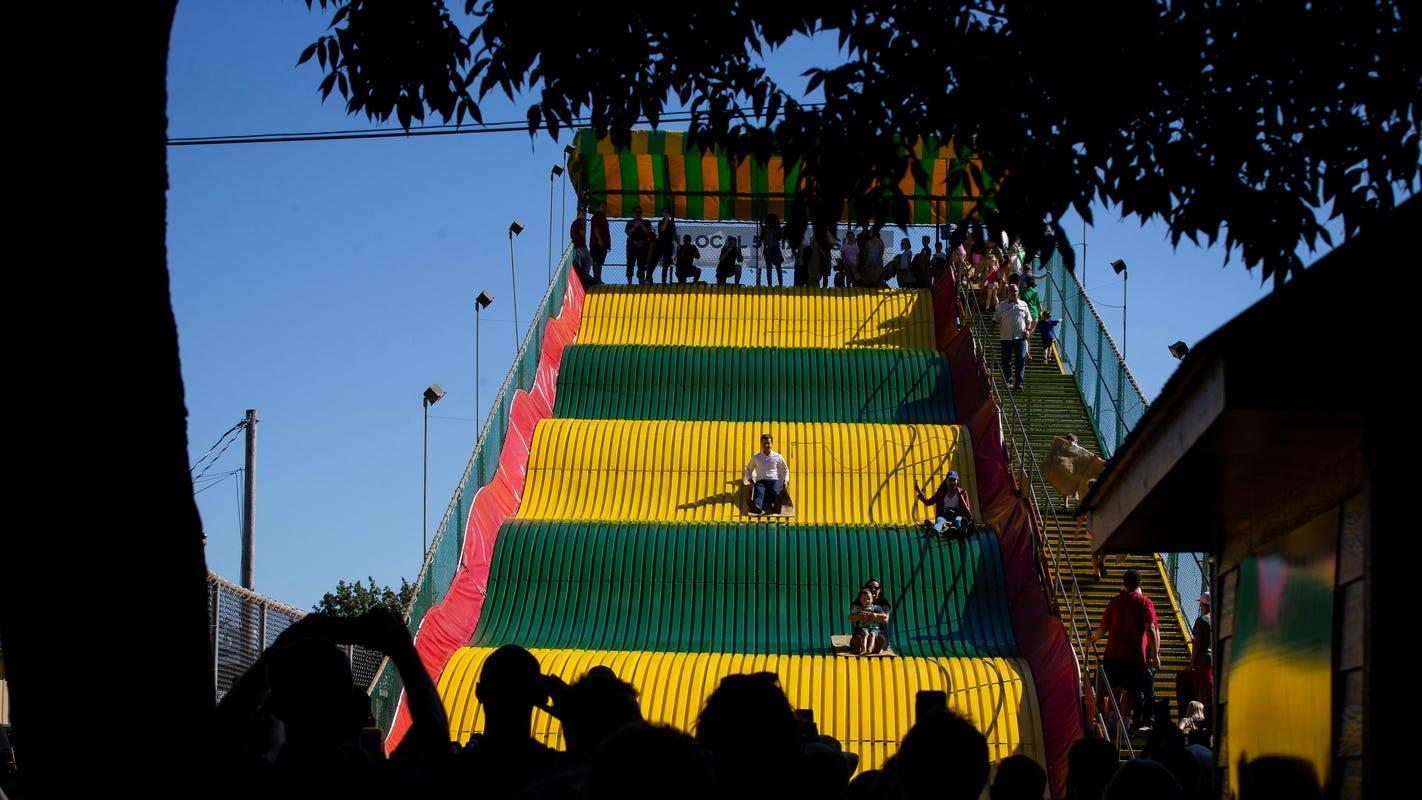 Vermont State Fair 2020.Pete Buttigieg Rides The Giant Slide At The Iowa State Fair