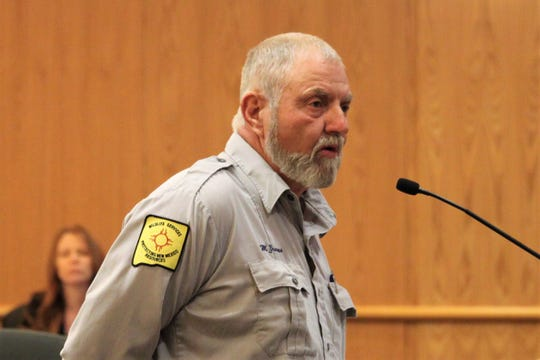 Mike Graves of the USDA's wildlife services agency addressed the Doña Ana County Commissioners' meeting on Tuesday, August 13, 2019.