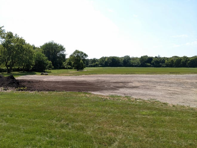 The land where the proposed Mercedes Benz Financial Services building is proposed at 12 Mile and Drake in Farmington Hills.