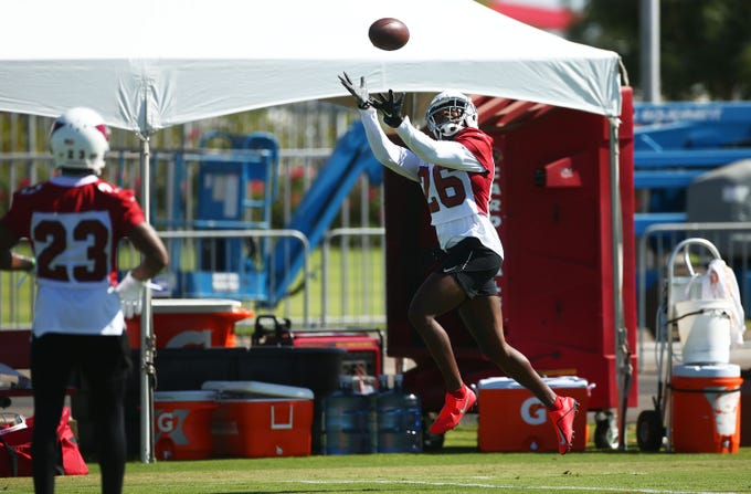 Arizona Cardinals cornerback Brandon Williams (26) makes a catch at training camp on Aug. 13, 2019 in Glendale, Ariz.