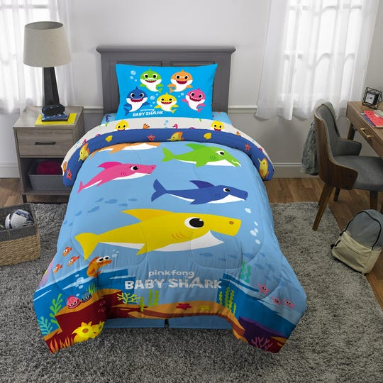 """Baby Shark"" comforter sets are now available at Walmart."