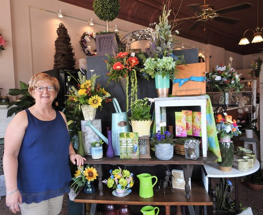 Linnet Lowe is the owner of Linnet's Flowers on the Square. The business offers fresh flowers, bouquets for various occasions, planters and other items.