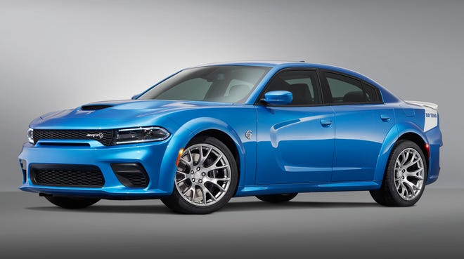 Dodge will debut Saturday at the Woodward Dream Cruise the limited-production 717-horsepower Daytona 50th Anniversary Edition on the new 2020 Charger SRT Hellcat Widebody.