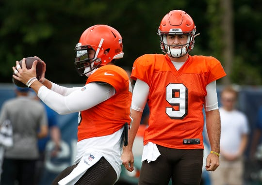 Former Purdue Boilermaker now Cleveland Browns quarterback David Blough (9) watches Browns quarterback Baker Mayfield (6) during their preseason training camp practice at Grand Park in Westfield on Wednesday, August 14, 2019.