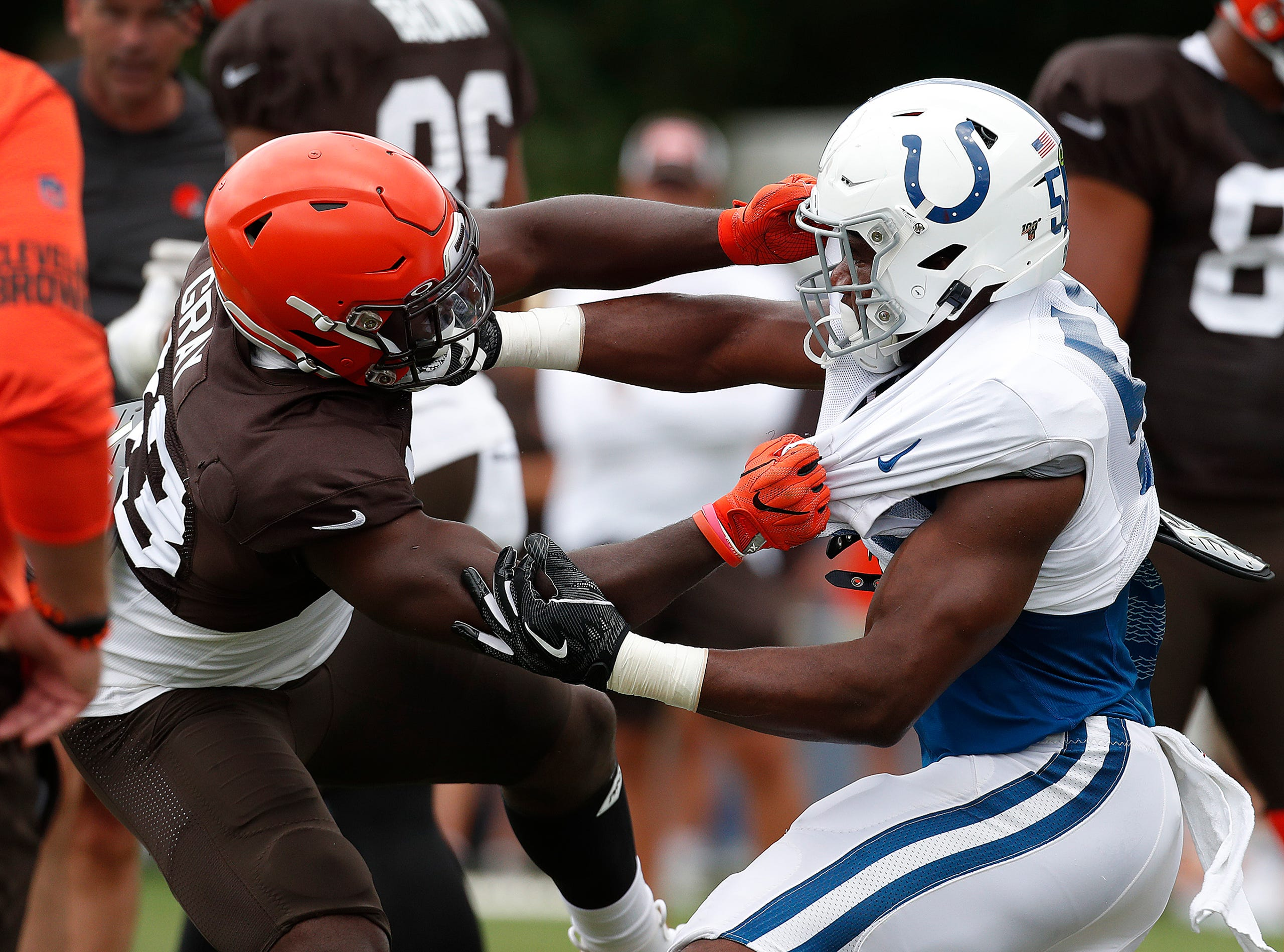 1deeb7d3 Colts scrimmage Cleveland Browns at Grand Park