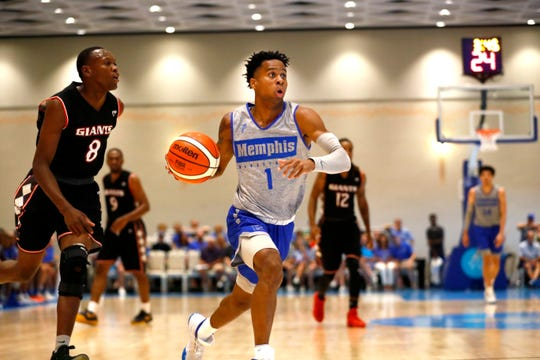 Memphis Tigers guard Tyler Harris drives to the basket against the Commonwealth Bank Giants during their exhibition game at the Grand Hyatt Baha Mar's New Providence Ballroom on Wednesday, August 14, 2019.