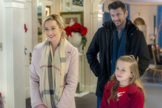 "Kellie Pickler's scarf? Claire Elizabeth Green's sweater? Wes Brown's stubble? Who knows what items may be on sale during the upcoming ""Set Decoration,  Props and Wardrobe Sale"" from the Hallmark Channel's ""Graceland"" films."