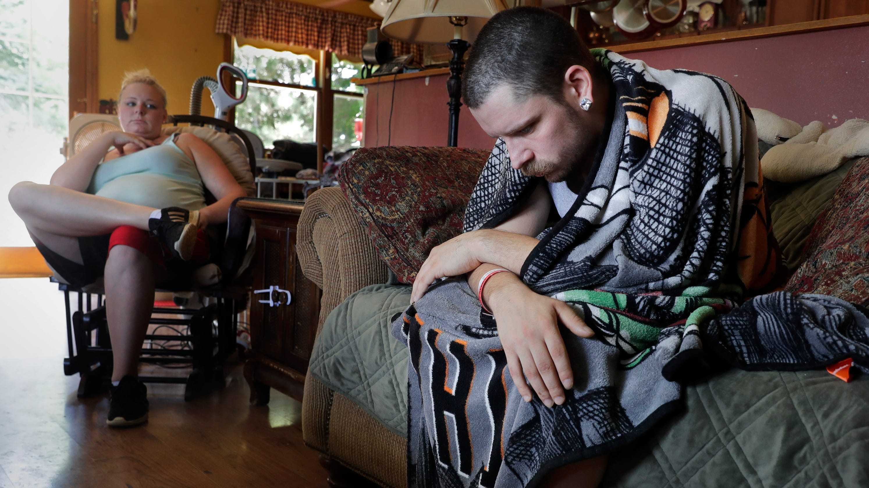 Vaping: Family of hospitalized Wisconsin man warn of dangers