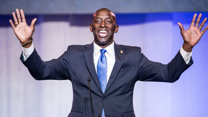 Wayne Messam, mayor of Miramar, Florida, announced his plans to run for president in a video released on March 28, 2019.