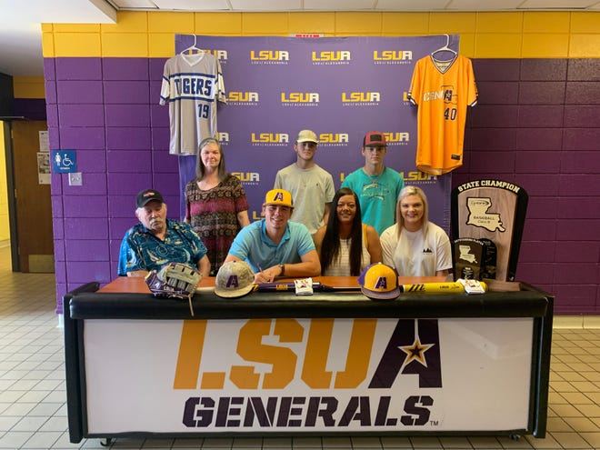 Pitkin pitcher Grason Dauzat (bottom row, second from right) recently signed with LSUA for baseball.