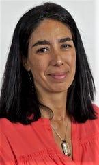 Esther Calzada