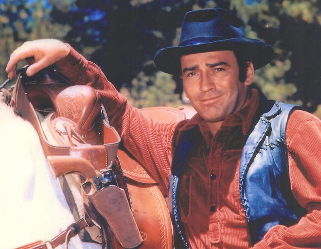"James Drury as ""The Virginian"""