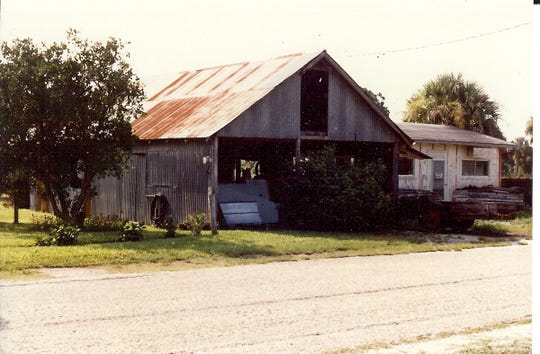 The packing house and fruit stand, which sat next to the Alvarez Smith home, on Highlands Avenue in Estero in 1981.