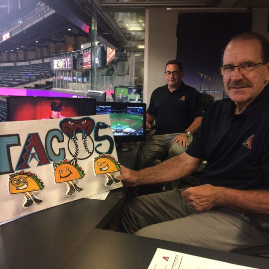 Arizona Diamondbacks broadcasters Steve Berthiaume and Bob Brenly have their supporters ... and their detractors.