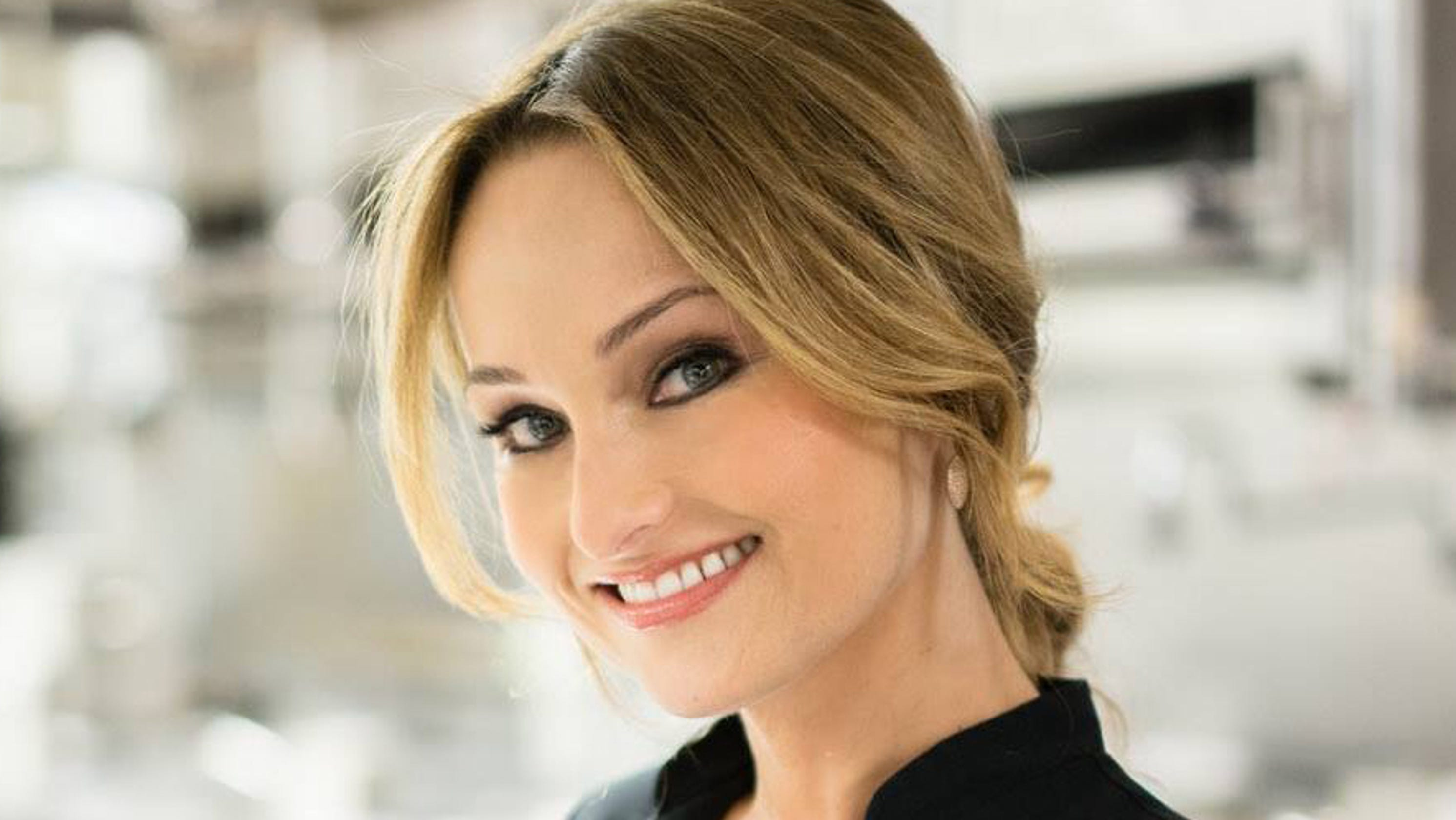 Buy Here Pay Here Az >> Giada De Laurentiis to open 2 restaurants at Scottsdale Caesars hotel