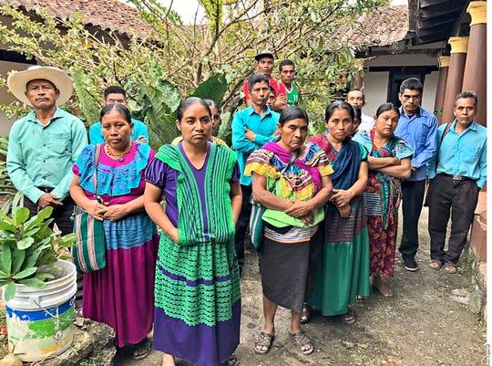 Mujeres indígenas en México sufren de abusos.