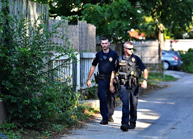 York City Police investigate a shooting that occurred in the 200 block of Roosevelt Avenue in York City, Wednesday, Aug. 14, 2019. Dawn J. Sagert photo