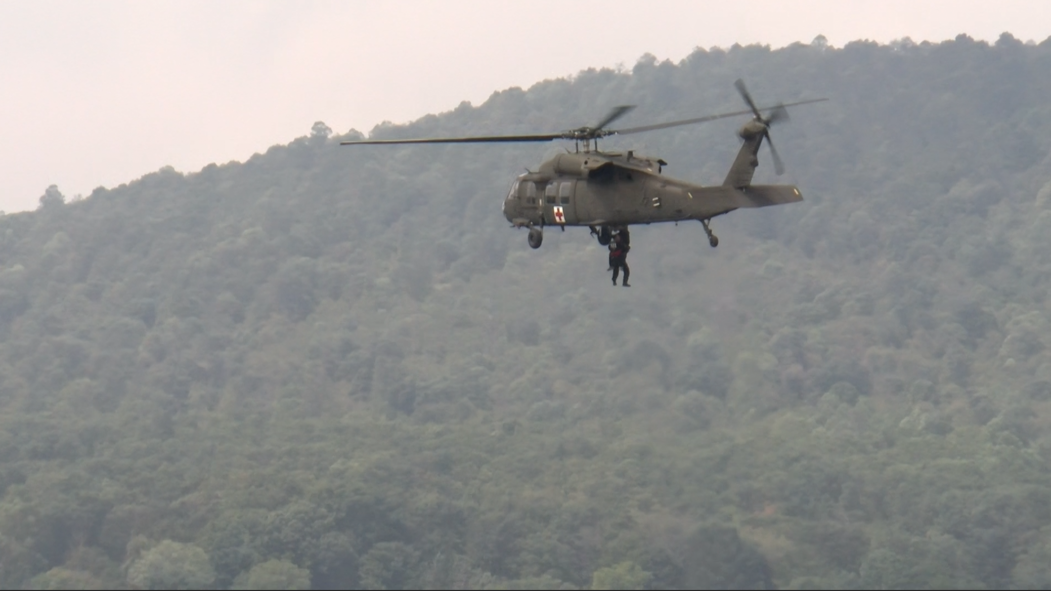 Helicopters, water rescue teams shine in rescue demo over Susquehanna