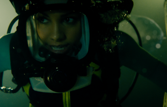 """Sasha has to deal with sharks and the stepsister she can barely stand in """"47 Meters Down: Uncaged."""""""