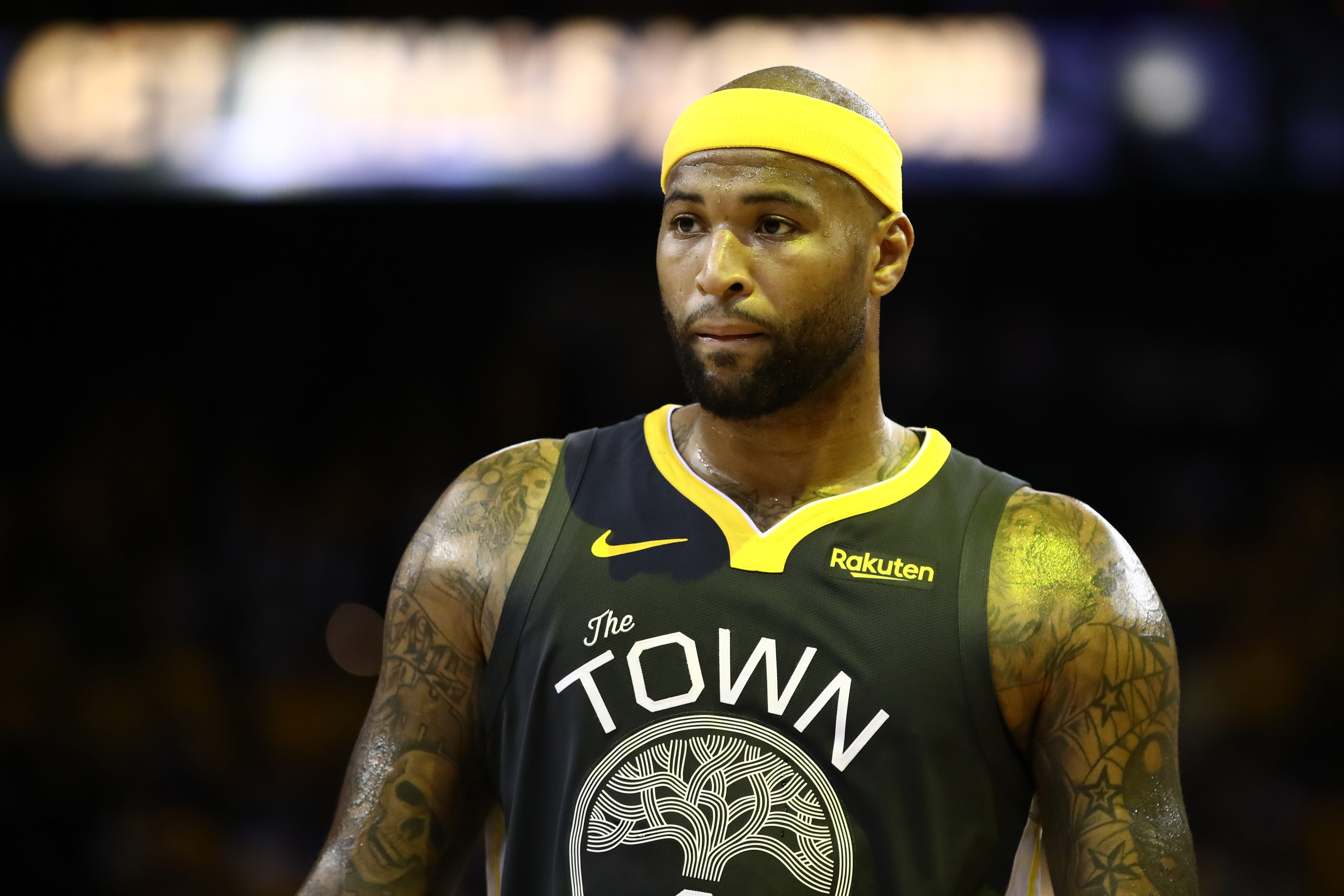 Lakers center DeMarcus Cousins suffers torn ACL