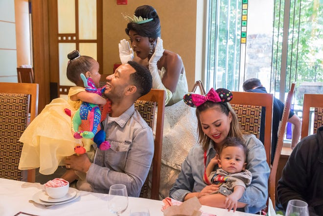 Chrissy Teigen said on Instagram she's the one who takes the family pictures and no one ever takes a flattering picture of her. Not so fast husband John Legend clapped back with an Instagram photo of his own.