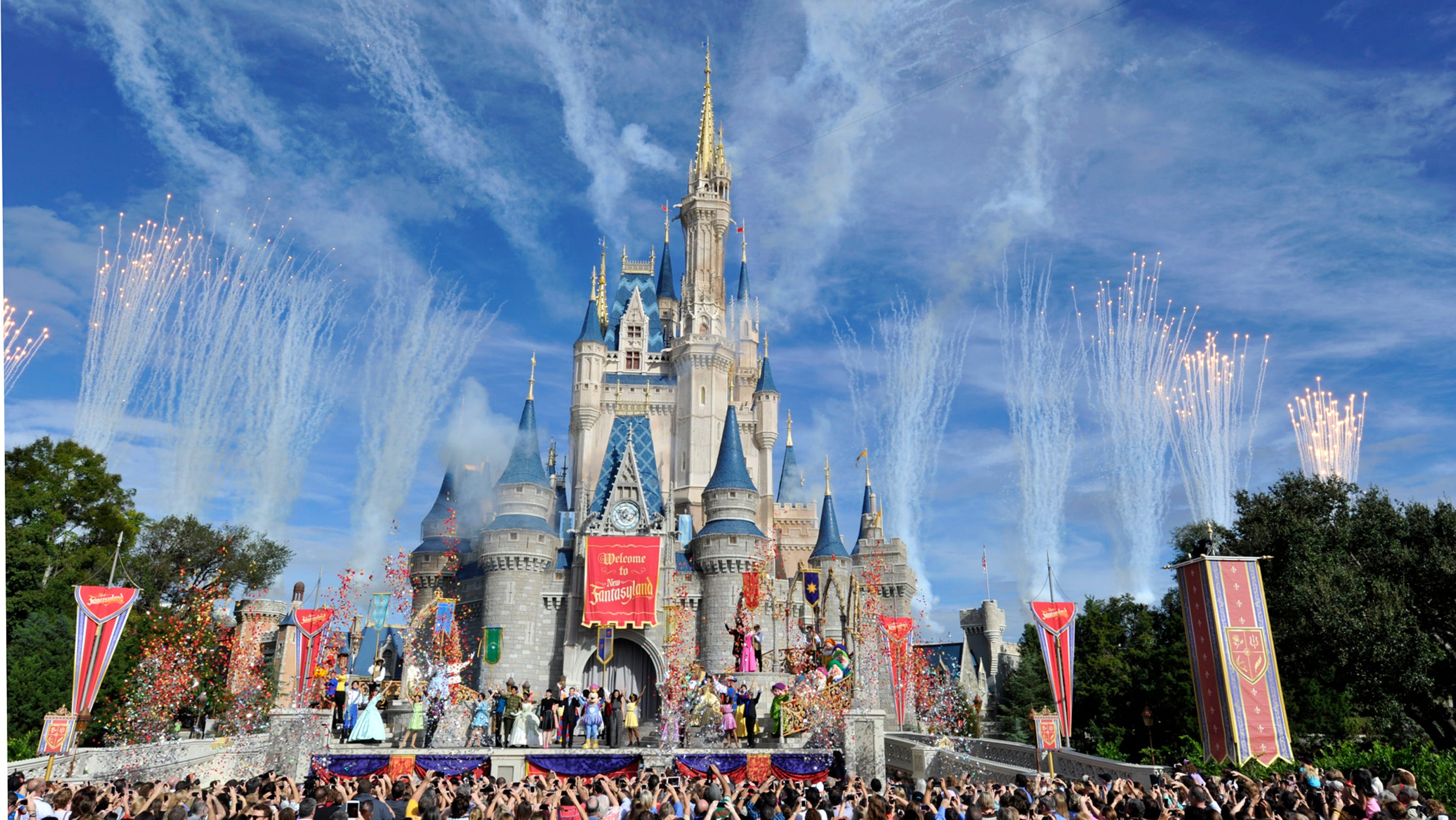 99def66273 Walt Disney World now offers discounted mid-day tickets
