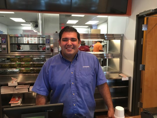 Popeyes in Naples area set to open with General Manager Elvin Lopez at the helm.