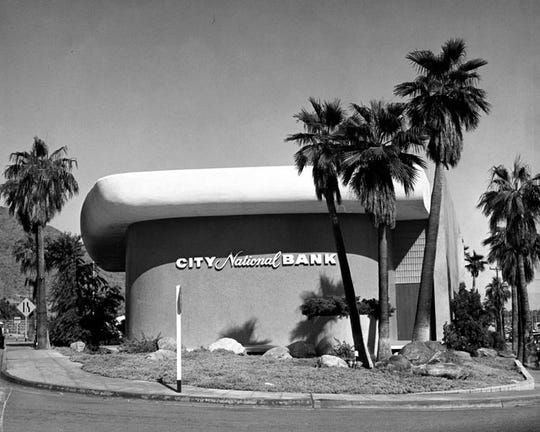 The City National Bank sitting on Palm Canyon Drive.
