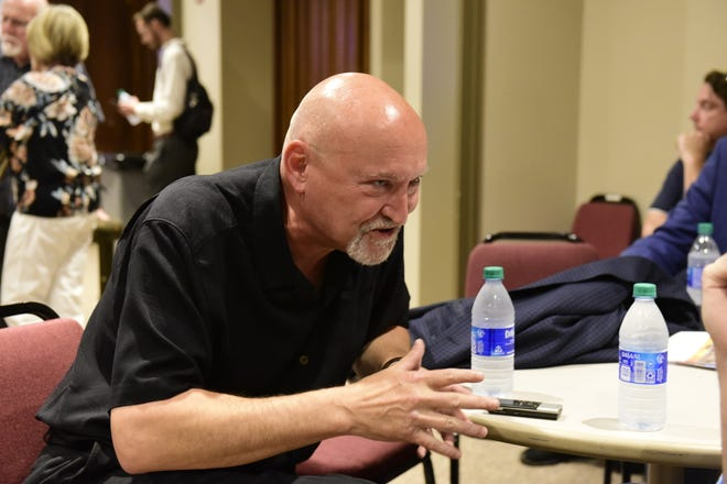 "Director Frank Darabont, director of ""The Shawshank Redemption,"" expresses his gratitude for warm reception when he returned to Mansfield for the 25th anniversary of the movie's release."
